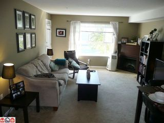 Photo 3: 212 5465 203 STREET in Langley: Langley City Condo for sale : MLS®# R2108169