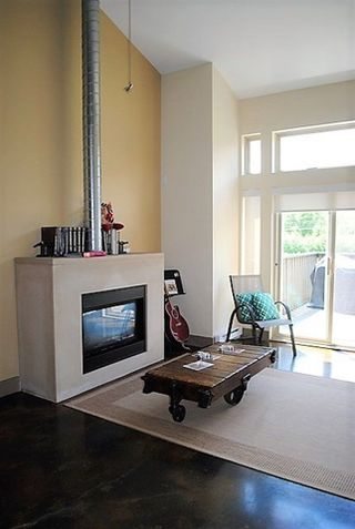 Photo 3: 7 40775 TANTALUS ROAD in Squamish: Tantalus Condo for sale : MLS®# R2297888