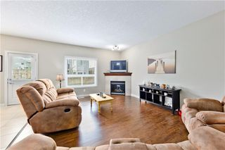 Photo 9: 58 EVERHOLLOW MR SW in Calgary: Evergreen House for sale : MLS®# C4255811