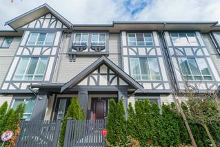 """Photo 2: 38 10388 NO. 2 Road in Richmond: Woodwards Townhouse for sale in """"Kingsley Estates By Polygon"""" : MLS®# R2398507"""