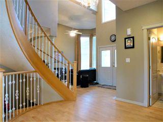Photo 3: 675 HENDERSON Street in Edmonton: Zone 14 House for sale : MLS®# E4170694