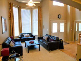 Photo 4: 675 HENDERSON Street in Edmonton: Zone 14 House for sale : MLS®# E4170694