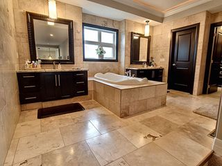 Photo 15: 4010 MacTaggart Drive in Edmonton: Zone 14 House for sale : MLS®# E4170729