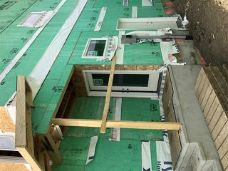 Photo 4: 8014 174 Avenue NW in Edmonton: Zone 28 House Half Duplex for sale : MLS®# E4173904