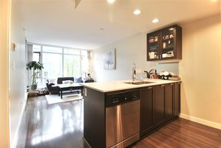 Photo 3: 308 4888 NANAIMO Street in Vancouver: Collingwood VE Condo for sale (Vancouver East)  : MLS®# R2414766