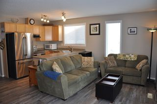 Photo 2: 59 451 HYNDMAN Crescent in Edmonton: Zone 35 Townhouse for sale : MLS®# E4184836