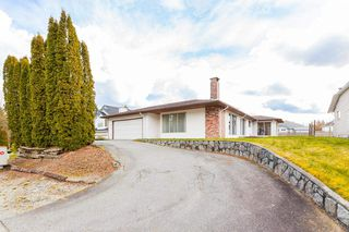 "Main Photo: 23156 122 Avenue in Maple Ridge: East Central House for sale in ""Blossom Park"" : MLS®# R2447512"