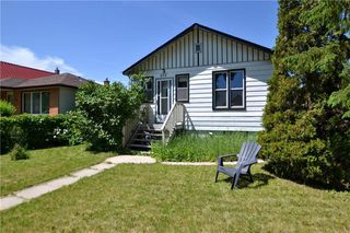 Photo 1: 872 Clifton Street in Winnipeg: West End Residential for sale (5C)  : MLS®# 202015103