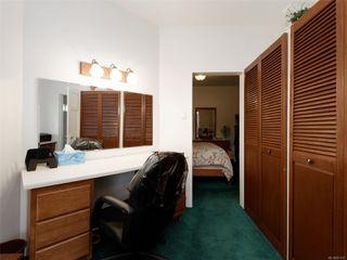 Photo 10: 2609 Foul Bay Rd in : OB Henderson House for sale (Oak Bay)  : MLS®# 851747