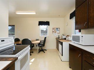 Photo 5: 2609 Foul Bay Rd in : OB Henderson House for sale (Oak Bay)  : MLS®# 851747
