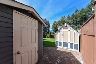 Photo 11: 2460 Avro Arrow Dr in : CV Comox (Town of) House for sale (Comox Valley)  : MLS®# 854271