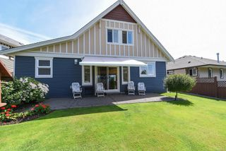 Photo 2: 2460 Avro Arrow Dr in : CV Comox (Town of) House for sale (Comox Valley)  : MLS®# 854271