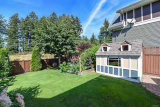 Photo 8: 2460 Avro Arrow Dr in : CV Comox (Town of) House for sale (Comox Valley)  : MLS®# 854271