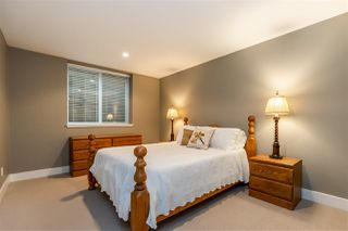 """Photo 30: 2411 125 Street in Surrey: Crescent Bch Ocean Pk. House for sale in """"CRESCENT HEIGHTS"""" (South Surrey White Rock)  : MLS®# R2499568"""