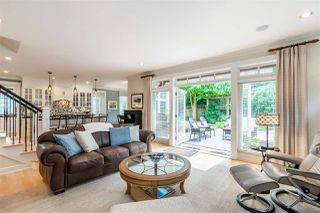 """Photo 11: 2411 125 Street in Surrey: Crescent Bch Ocean Pk. House for sale in """"CRESCENT HEIGHTS"""" (South Surrey White Rock)  : MLS®# R2499568"""