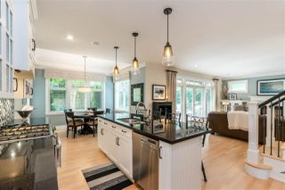 """Photo 13: 2411 125 Street in Surrey: Crescent Bch Ocean Pk. House for sale in """"CRESCENT HEIGHTS"""" (South Surrey White Rock)  : MLS®# R2499568"""