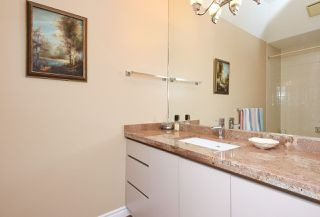 Photo 12: 5 7200 LEDWAY ROAD in Richmond: Granville Townhouse for sale : MLS®# R2493405