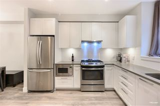 Photo 3: 5 5028 SAVILE ROW in Burnaby: Burnaby Lake Townhouse for sale (Burnaby South)  : MLS®# R2518040