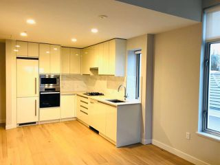 Photo 2: 305 528 W KING EDWARD Avenue in Vancouver: Cambie Condo for sale (Vancouver West)  : MLS®# R2526597