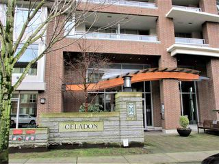 "Photo 4: 1903 3102 WINDSOR Gate in Coquitlam: New Horizons Condo for sale in ""CELADON"" : MLS®# R2527967"