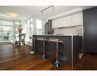 Photo 3: # 602 1762 DAVIE ST in Vancouver: Condo for sale (West End VW)  : MLS®# V800922