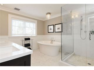 "Photo 10: 2479 W 47TH Avenue in Vancouver: Kerrisdale House for sale in ""KERRISDALE"" (Vancouver West)  : MLS®# V942222"