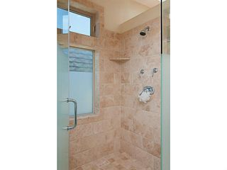 Photo 6: MISSION BEACH Condo for sale : 4 bedrooms : 720 Manhattan Court in San Diego