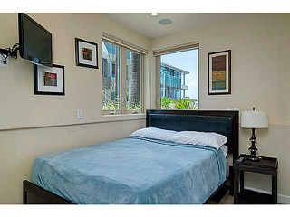 Photo 10: MISSION BEACH Condo for sale : 4 bedrooms : 720 Manhattan Court in San Diego
