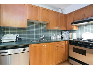 "Photo 6: 407 2181 W 12TH Avenue in Vancouver: Kitsilano Condo for sale in ""THE CARLINGS"" (Vancouver West)  : MLS®# V987441"