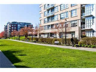 "Photo 10: 407 2181 W 12TH Avenue in Vancouver: Kitsilano Condo for sale in ""THE CARLINGS"" (Vancouver West)  : MLS®# V987441"