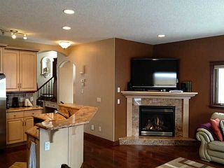 Photo 7: 2239 30 Street SW in CALGARY: Killarney Glengarry Residential Attached for sale (Calgary)  : MLS®# C3555962