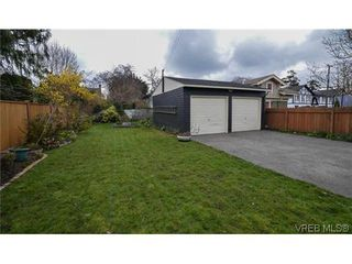 Photo 5: 723 Oliver Street in VICTORIA: OB South Oak Bay Single Family Detached for sale (Oak Bay)  : MLS®# 321026