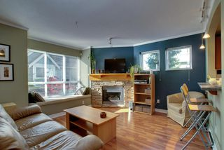 Photo 2: 7335 Magnolia Te in Burnaby: Home for sale : MLS®# V916610