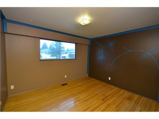 Photo 6: 1790 GROVER AV in Coquitlam: Central Coquitlam House for sale : MLS®# V1041664
