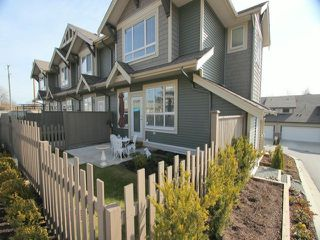 Photo 2: # 44 7848 170TH ST in Surrey: Fleetwood Tynehead Townhouse for sale : MLS®# F1421836