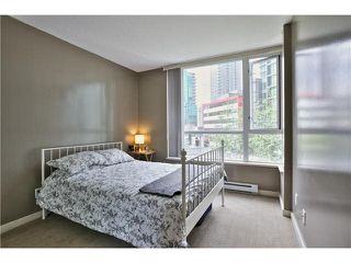 """Photo 12: 307 1212 HOWE Street in Vancouver: Downtown VW Condo for sale in """"1212 HOWE - MIDTOWN"""" (Vancouver West)  : MLS®# V1078871"""