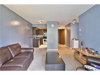 """Photo 1: 307 1212 HOWE Street in Vancouver: Downtown VW Condo for sale in """"1212 HOWE - MIDTOWN"""" (Vancouver West)  : MLS®# V1078871"""