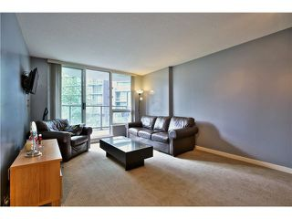 """Photo 8: 307 1212 HOWE Street in Vancouver: Downtown VW Condo for sale in """"1212 HOWE - MIDTOWN"""" (Vancouver West)  : MLS®# V1078871"""