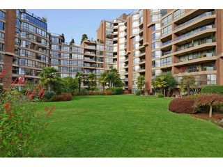 Photo 1: # 501 1470 PENNYFARTHING DR in Vancouver: False Creek Condo for sale (Vancouver West)  : MLS®# V1117052