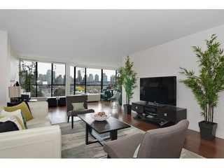 Photo 3: # 501 1470 PENNYFARTHING DR in Vancouver: False Creek Condo for sale (Vancouver West)  : MLS®# V1117052