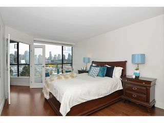 Photo 10: # 501 1470 PENNYFARTHING DR in Vancouver: False Creek Condo for sale (Vancouver West)  : MLS®# V1117052