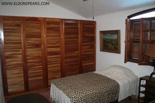 Photo 20: 2 Story 4 Bedroom Half Duplex Available