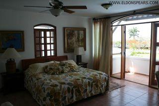 Photo 17: 2 Story 4 Bedroom Half Duplex Available