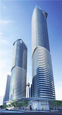 Photo 1: 14 York St Unit #3404 in Toronto: Waterfront Communities C1 Condo for sale (Toronto C01)  : MLS®# C3747538