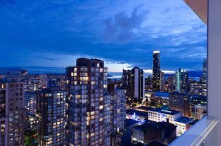 Photo 5: 535 Smithe in Vancouver: Condo for lease