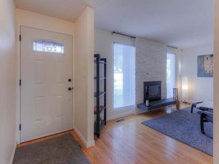 Photo 3: 10415 39A AV NW in Edmonton: House for sale : MLS®# E4141848