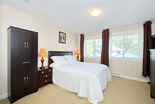 Photo 14: 5 13393 BARKER Street in Surrey: Queen Mary Park Surrey Townhouse for sale : MLS®# R2396181