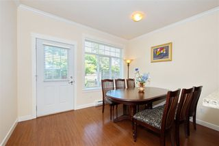 Photo 10: 5 13393 BARKER Street in Surrey: Queen Mary Park Surrey Townhouse for sale : MLS®# R2396181