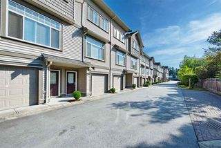 Photo 2: 5 13393 BARKER Street in Surrey: Queen Mary Park Surrey Townhouse for sale : MLS®# R2396181