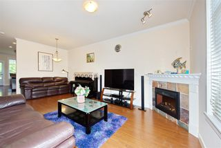 Photo 5: 5 13393 BARKER Street in Surrey: Queen Mary Park Surrey Townhouse for sale : MLS®# R2396181